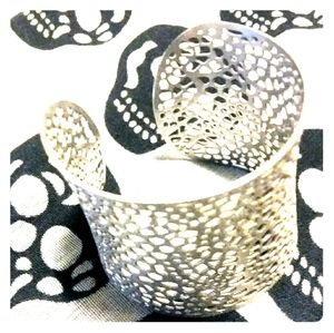 3/$25- New Silver-plated Cuff